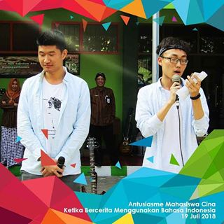 Volunteer Mahasiswa Cina