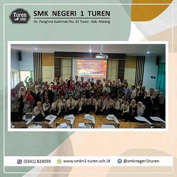 SMK YP 17 Cilegon Banten Melakukan Studi Bandin ke SMKN 1 Turen