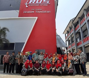 Studi Banding SMKN 1 Turen dan Kepala Sekolah Sub Rayon 03 Malang ke SMK Raden Umar Said Kudus (RUS) dan SMK NU Banat Kudus Jawa Tengah