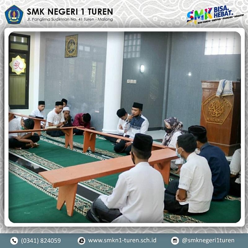 Kegiatan Memperingati Nuzulul Qur'an Dan Hari Pendidikan Nasional